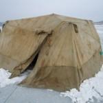 Шатер на льду Японского моря