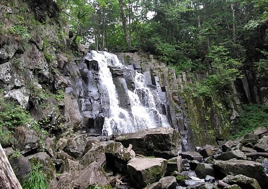 Шкотовский водопад