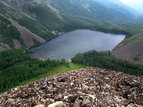 Озеро Омот